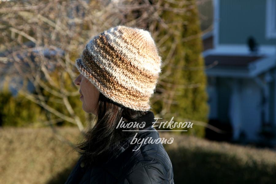 Bardzo prosta czapka na drutach